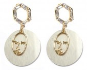 C-A7.2 E1631-072A Earrings with Shell and Crystals 5x3cmC-A7.2 E1631-072A Earrings with Shell and Crystals 5x3cm