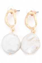 A-F5.2  E318-008 Earrings with Pearl Gold