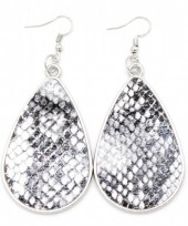 C-A8.2  E220-010 Metal Earrings with PU Snakeskin 7x3.5cm Grey