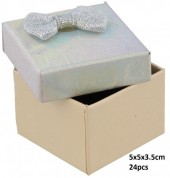 Y-E4.1 PK424-076 Giftbox for Rings 5x5x3.5cm Silver 24pcsY-E4.1 PK424-076 Giftbox for Rings 5x5x3.5cm Silver 24pcs