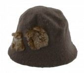 L-E1.1 Woolen Hat with Fake Fur Pompons Brown