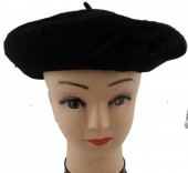T-O3.2  Trend Woolen Baret With Flowers Black