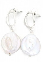 A-E5.5 E318-008 Earrings with Pearl Silver